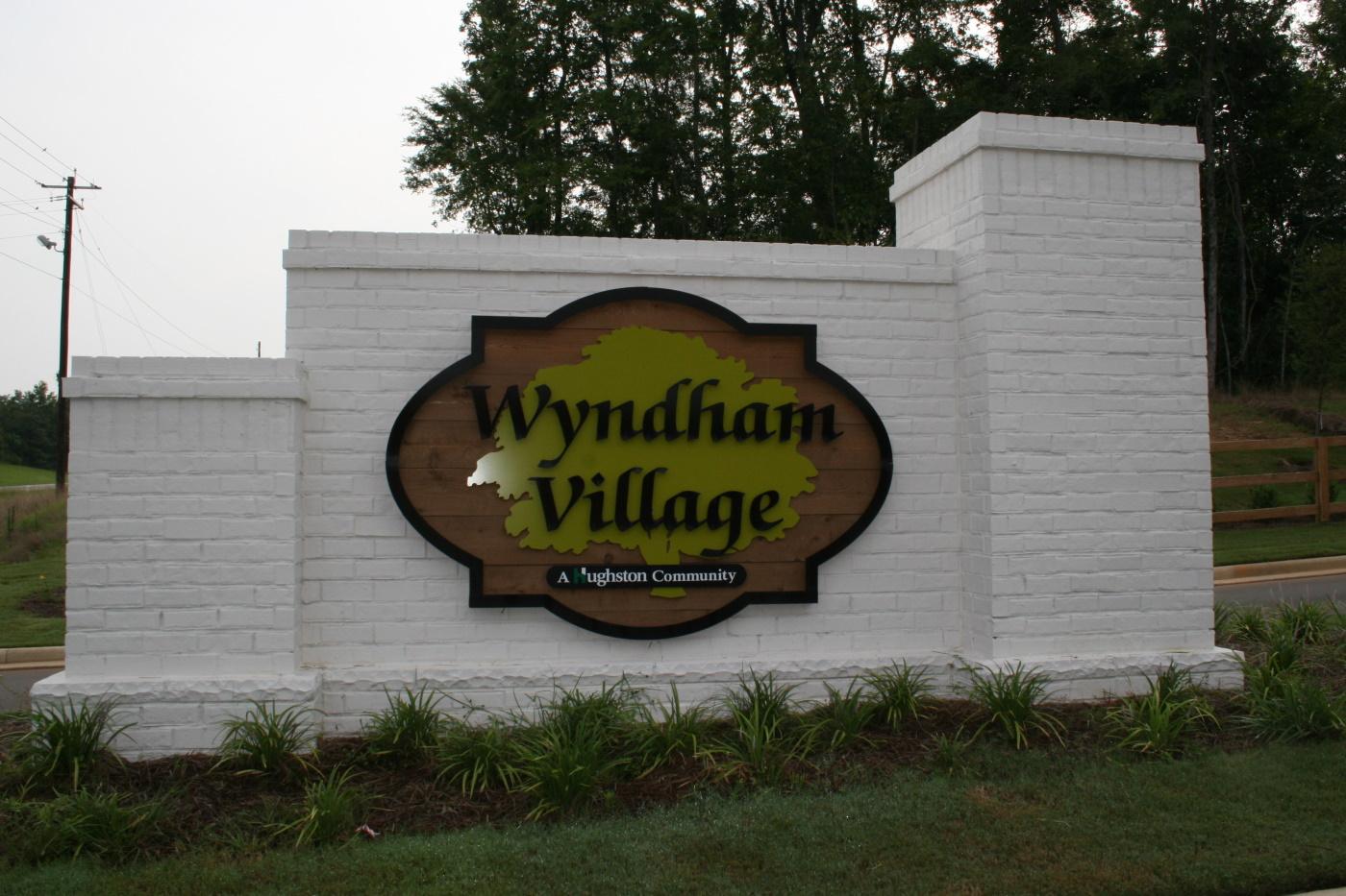 Wyndham Entrance 1